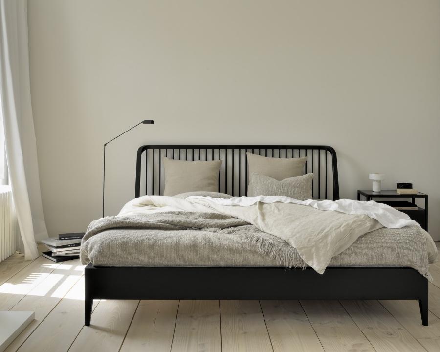 Ethnicraft - Slaapkamers - Spindle bed