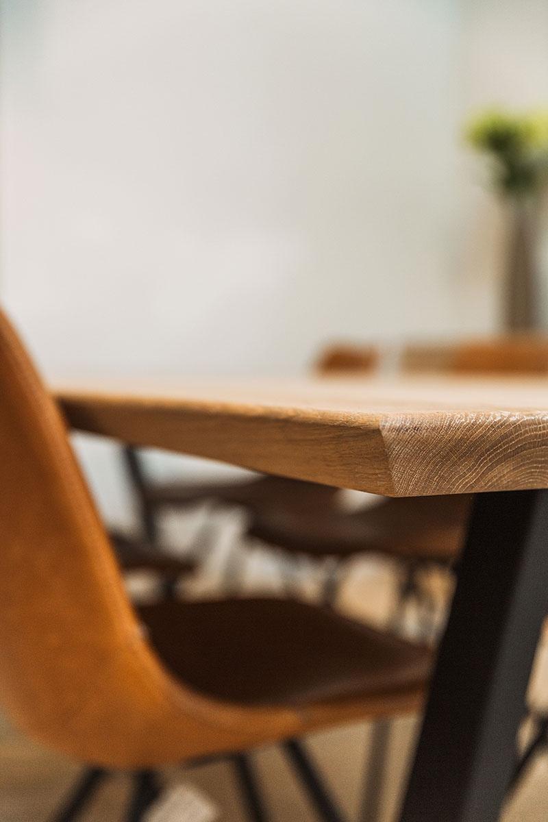 Sanskriet - Eettafels - Trunk tafel